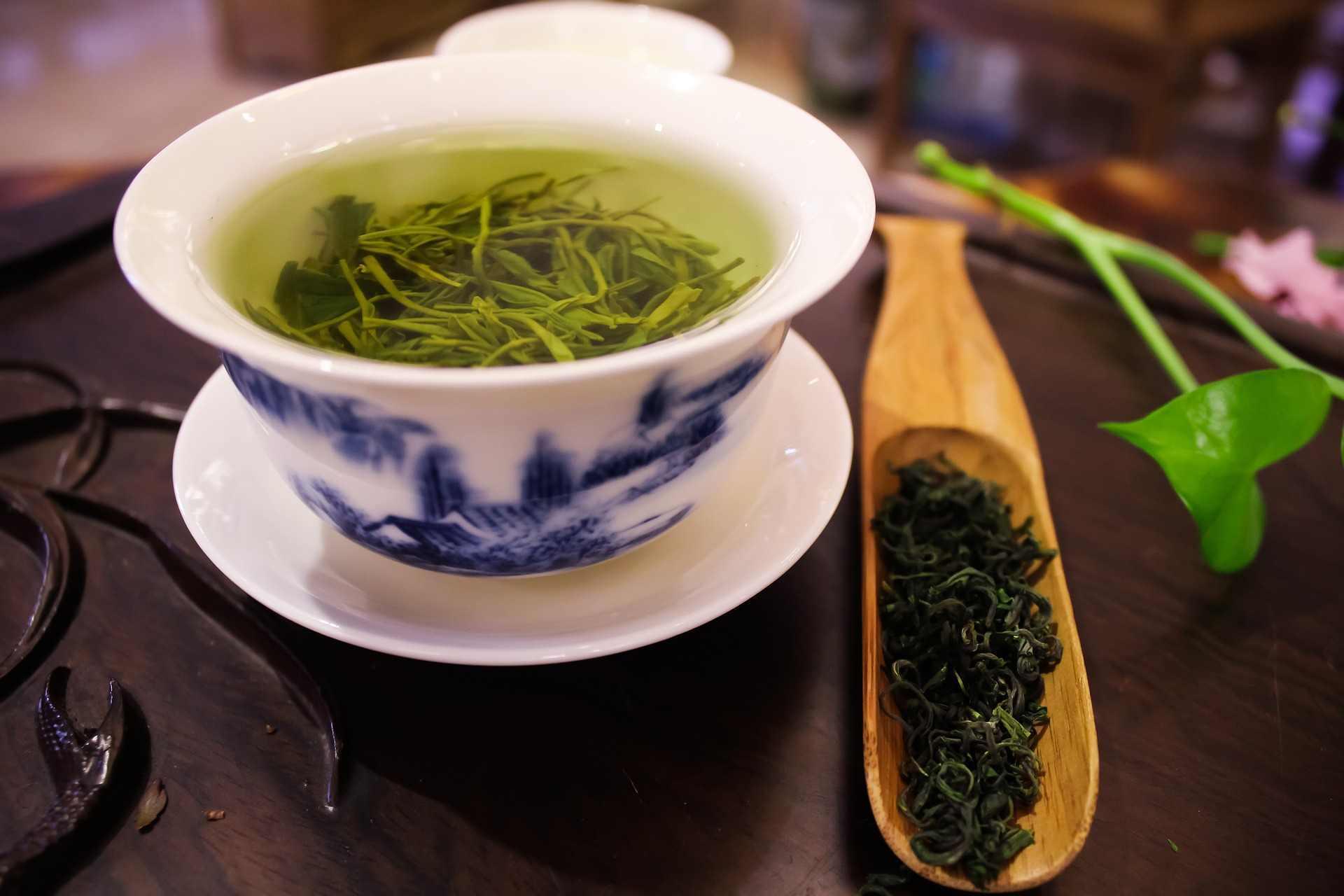 stimulant drugs in tea